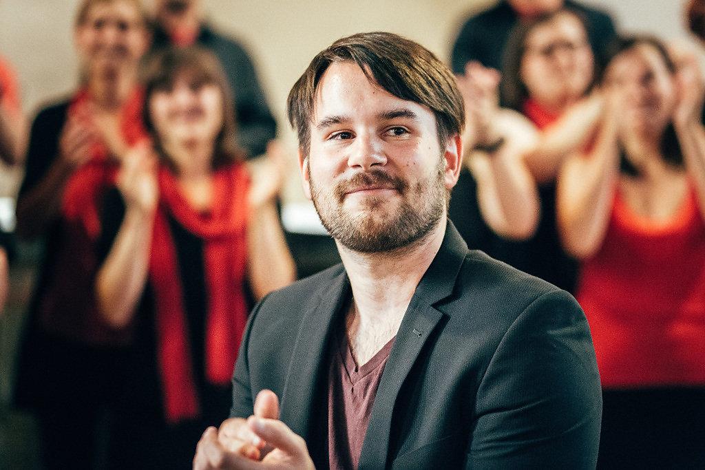 Chorleiter Jannik Gehnen